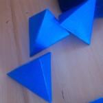 üçgen prizma
