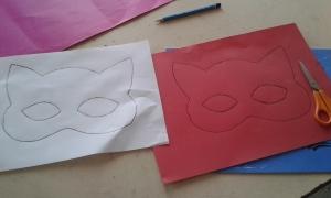 çocuklara maske yapımı
